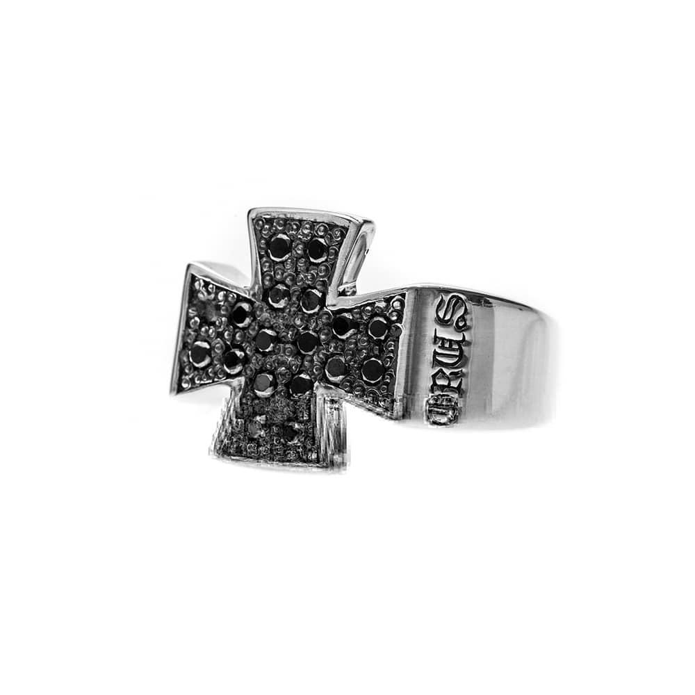 Bague homme croix pavée noire argent 4