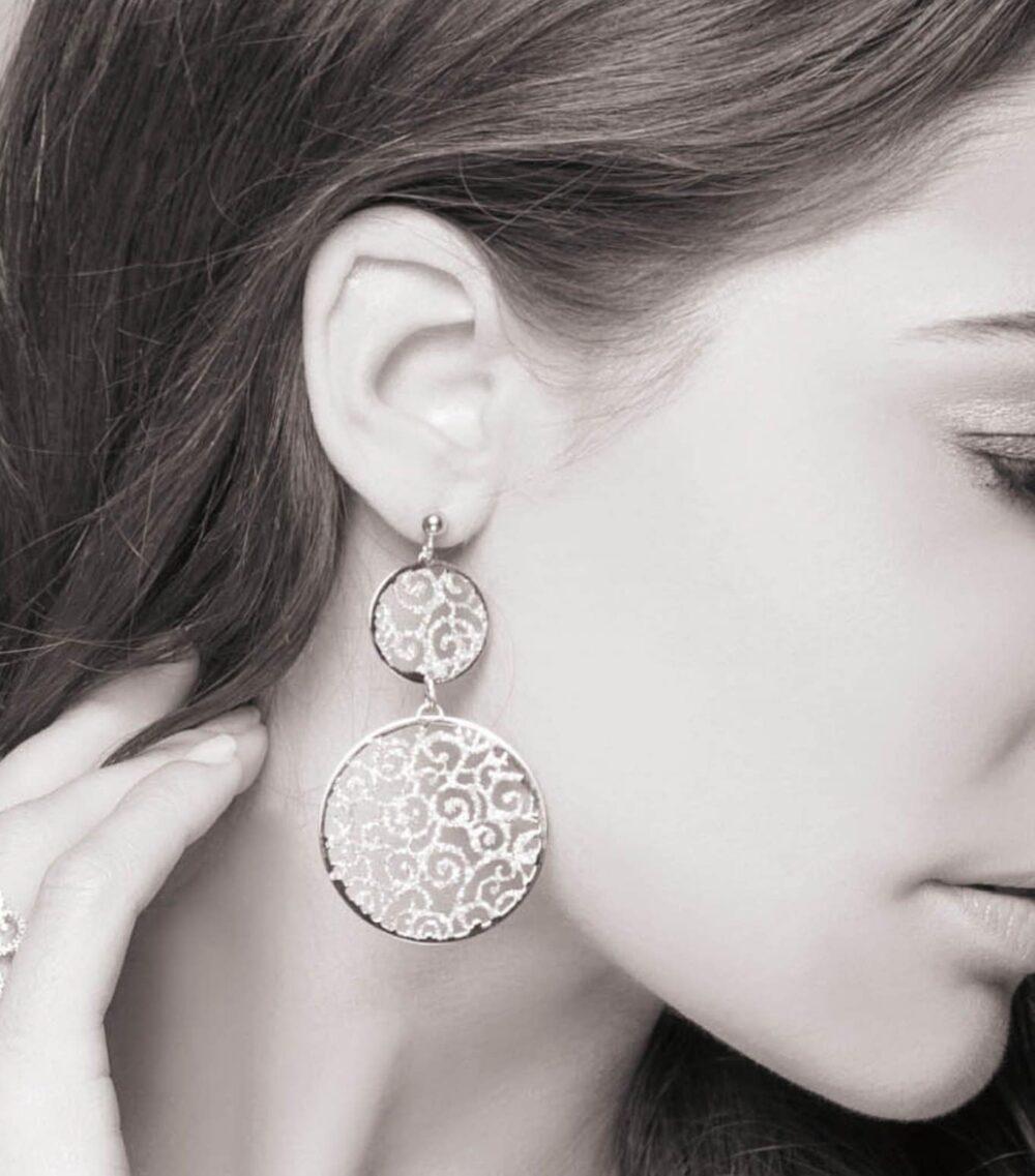 Boucles d'oreilles ethnique scintillant rhodié 4
