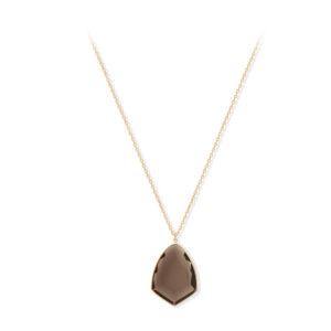 银项链与棕色的石顶4